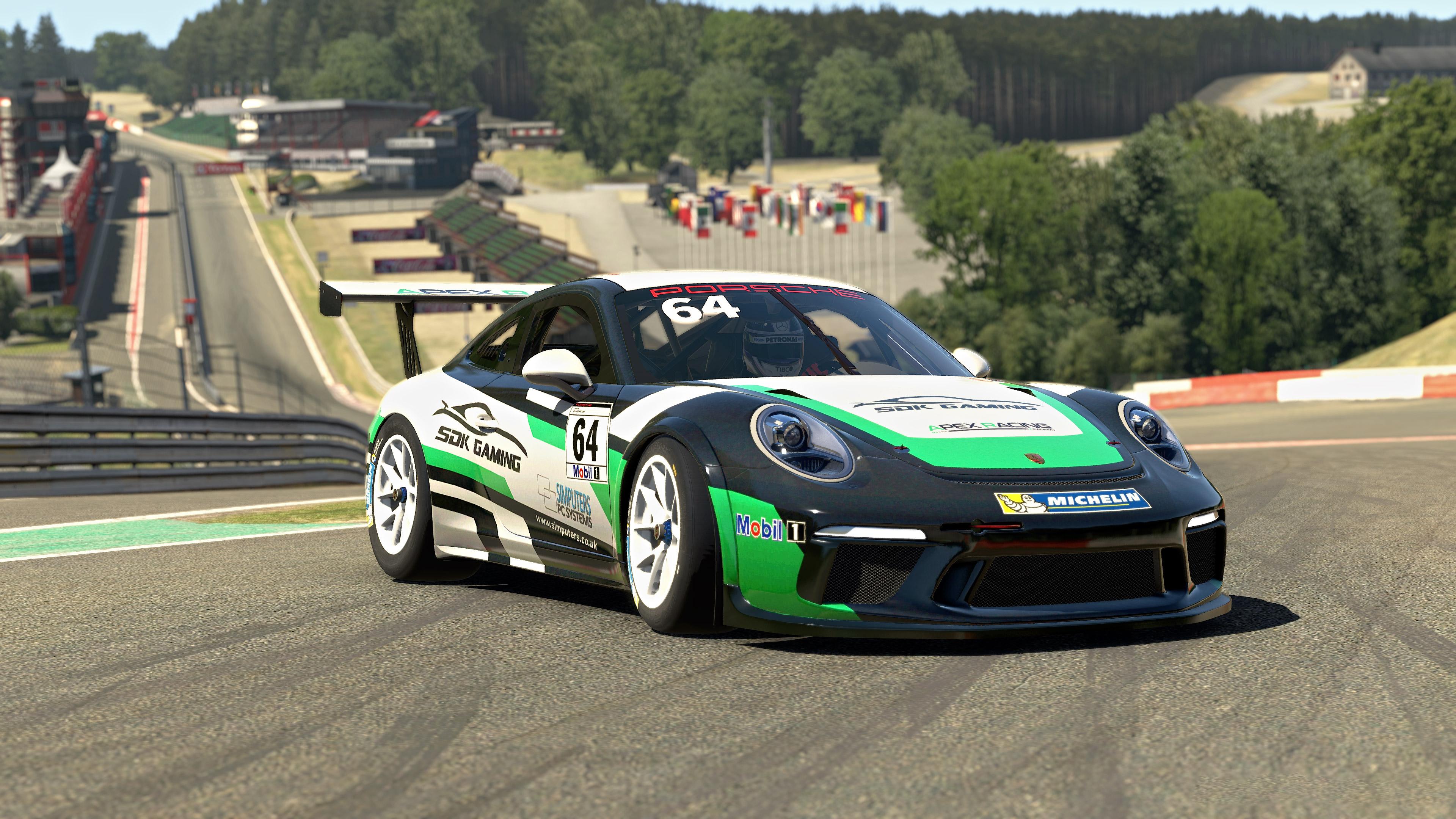 Porsche Cup still radillon
